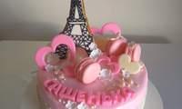 Торт с Эйфелевой башней.